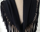 T-Shirt scarf with fringe in Black