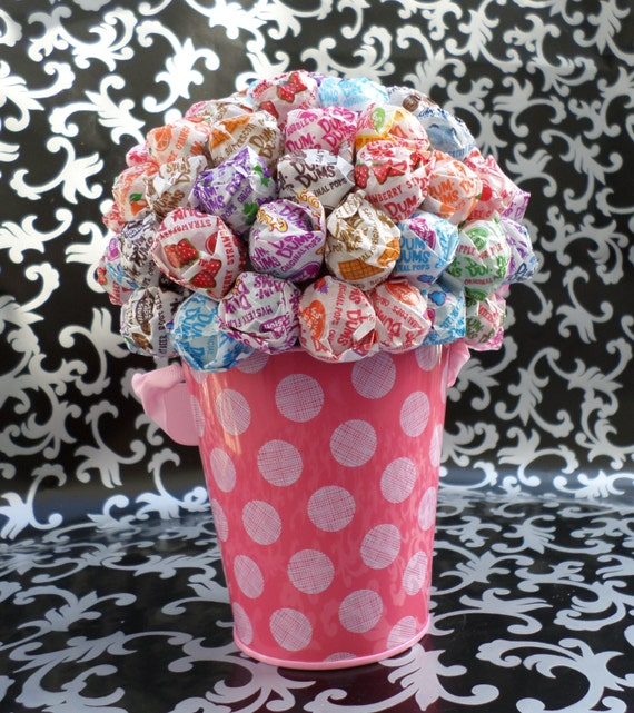 Pink polka dot dum lollipop bouquet topiary tree
