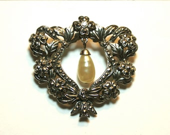 Vintage Rhinestone and Faux Pearl Dangle Wreath Brooch Flowers and Ribbons Silver Tone Pin