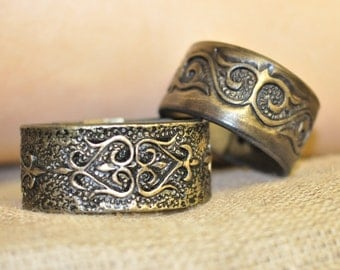 Ladies bracelet carved and tooled