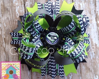 Bling out Seahawks bow
