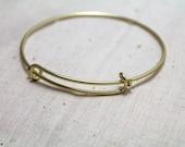 1 pcs. Shiny Gold Adjustable Bracelet.  Wire Bracelet.  Gold Bracelet.  Charm Bracelet.  Alex and Ani Inspired bracelet. Bridal. bridesmaids