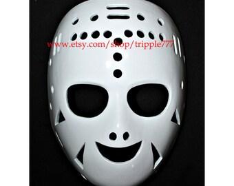 Hockey mask, Hockey goalie, NHL ice hockey, Roller Hockey, Hockey goalie mask, Hockey helmet Rogie Vachon mask HO74