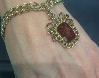 Intaglio fob bracelet in one of the nicest looks for vintage jewelry intaglio of mercury God speed and light