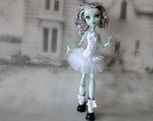 White romantic corset & petticoat dress and leg warmers fits Monster High doll
