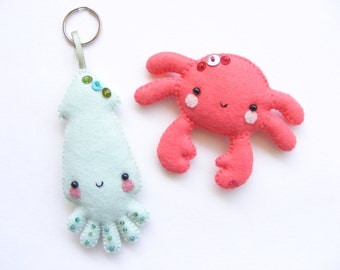 PDF pattern - Squid and crab - Felt key ring and magnet, easy sewing pattern, DIY, hand sewing pattern, summer sea critters