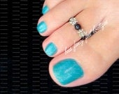 Toe Ring - Black Stone - Peridot Crystals - Stretch Bead Toe Ring