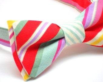 Red stripe bow tie for boys birthday, cake smash bow tie, perfect for boys first birthday outfit, first birthday bow tie for boys