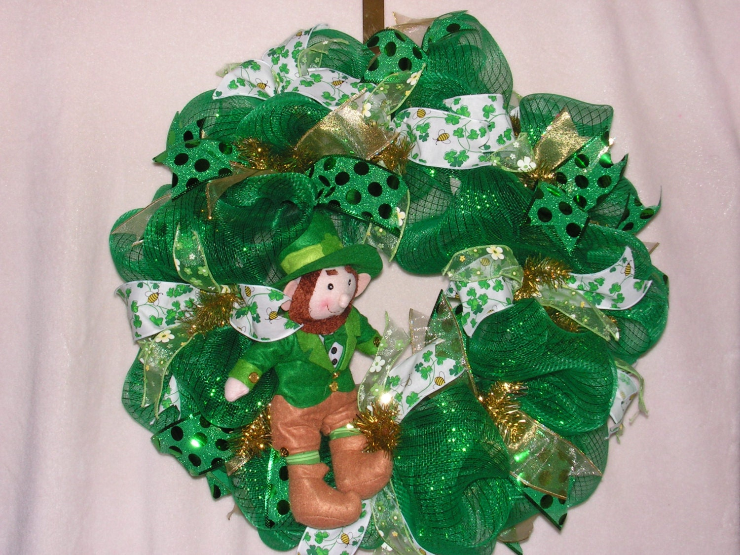 deco mesh st patrick 39 s day wreath leprechaun by wreathsbykathy. Black Bedroom Furniture Sets. Home Design Ideas