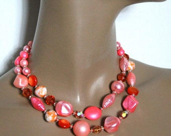 Vintage 1950s Pink Necklace Art Deco Old Hollywood Rock Beads French Roll Wedding Garden Party Dress Couture