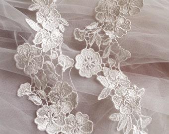 ivory Bridal Applique, venice Lace Applique, bridal headpiece applique, wedding sequined applique, 2 pcs, DGDH010B