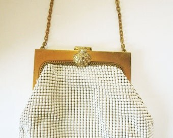 A Lovely Mesh 'Whiting and Davis' Purse in White Chainmaille With Box Link Chain - Rhinestone Clasp - Cream Satin Interior