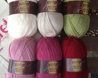 Granny stripe crochet blanket kit DK 'Rose Garden' - green and pink - various sizes