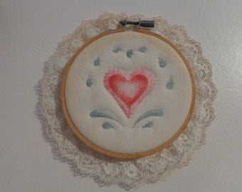 Vintage Rose And Pink Heart Needlepoint Hoop Wall Hanging - Hand Stitched Needlepoint - Home Decor