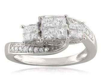 14k White Gold Invisible-Set Three-Stone Princess-cut & Round Diamond Engagement Ring (3/4 cttw, H-I, I1-I2)