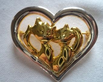 Vintage Signed Danecraft Silvertone/Goldtone Cats in Heart Brooch/Pin