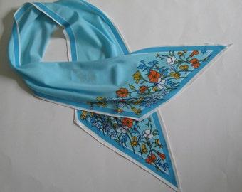 1970s vintage Vera Neumann designer long skinny scarf, light blue floral