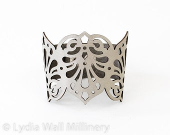 "Laser Cut Leather Cuff ""Teardrops"" in Silver"