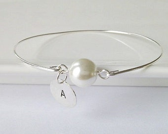 Pearl Bracelet, Single Pearl Bangle, Bridesmaid Gifts, British Seller UK, Bridesmaid Pearl Bracelet, Gifts for Girls, Initial Pearl Bracelet