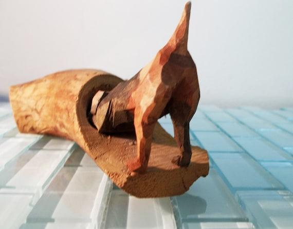 Vintage hound dog wood carving hunting raccoon