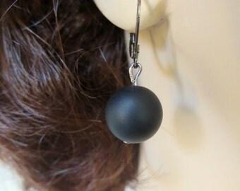 Black Onyx Dangle Earrings on Gunmetal