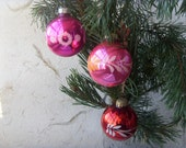 Set of 3 Soviet Vintage Christmas Balls of Red and Pink Colours Made in USSR in 1970s. - Astra9