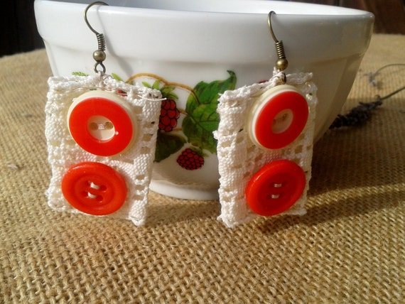 White Lace Earrings French Red Glass Buttons Beaded Handmade #SophieLadyDeParis