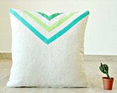 Green / mint triangle pillow cover, linen blend 16x16 pillowcase, lake house pillow, green arrow pillow, geometric pillow