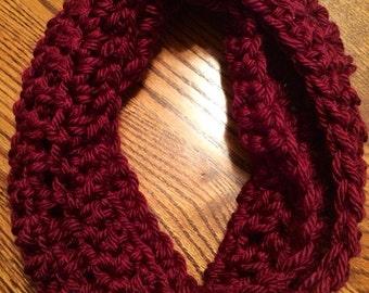 Handmade Crochet Cowl (Wine)