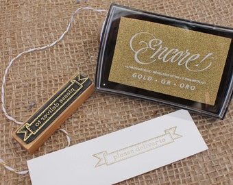 Gold metallic stamp pad for use with wood handle stamps