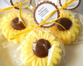 20 Sunflower Soap Party Favors, Fall Soap Party Favors, Unique Bridal Shower Favors, Baby Shower Favors, Wedding Favors, Mini Soap Favors