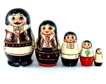 Ethnic Nesting Dolls 5 pcs Russian matryoshka doll Babushka set for kids Wooden authentic stacking handpainted dolls toys Moldova buy online
