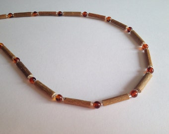 Hazelwood necklace with amber