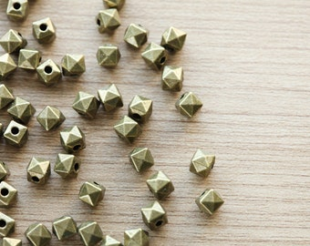 40 pcs of Antique Bronze Cube Faceted Tibetan Style Beads - 5 mm