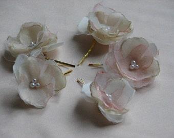 Champagne hair flowers Bridal hair clips Blush hair flowers Ivory blush hair flowers Champagne hair piece Blush hair pins Tulle hair flower