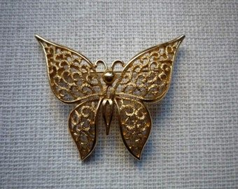 Vintage Crown Trifari Gold Tone Filigree Butterfly Brooch Pin