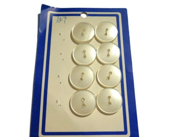 Vintage Button Card . Eight Off-White Buttons .