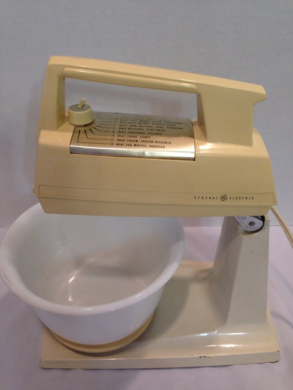 Ge electric mixer 12 speed with milk glass bowl for Antique general electric mixer