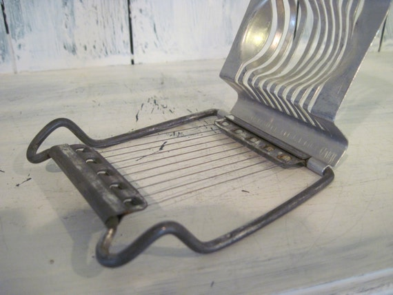 Metal Egg Slicer: Vintage Metal Egg Slicer Made In Taiwan
