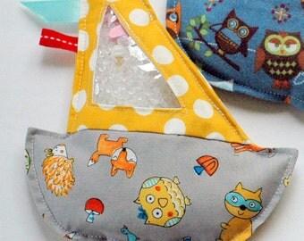 SALE gray fox Sailboat I Spy bag