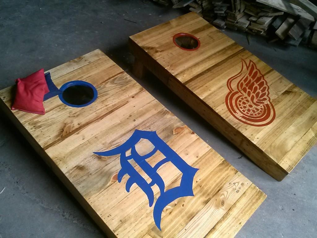 Pallet Wood Cornhole Boards With Bags For Katie