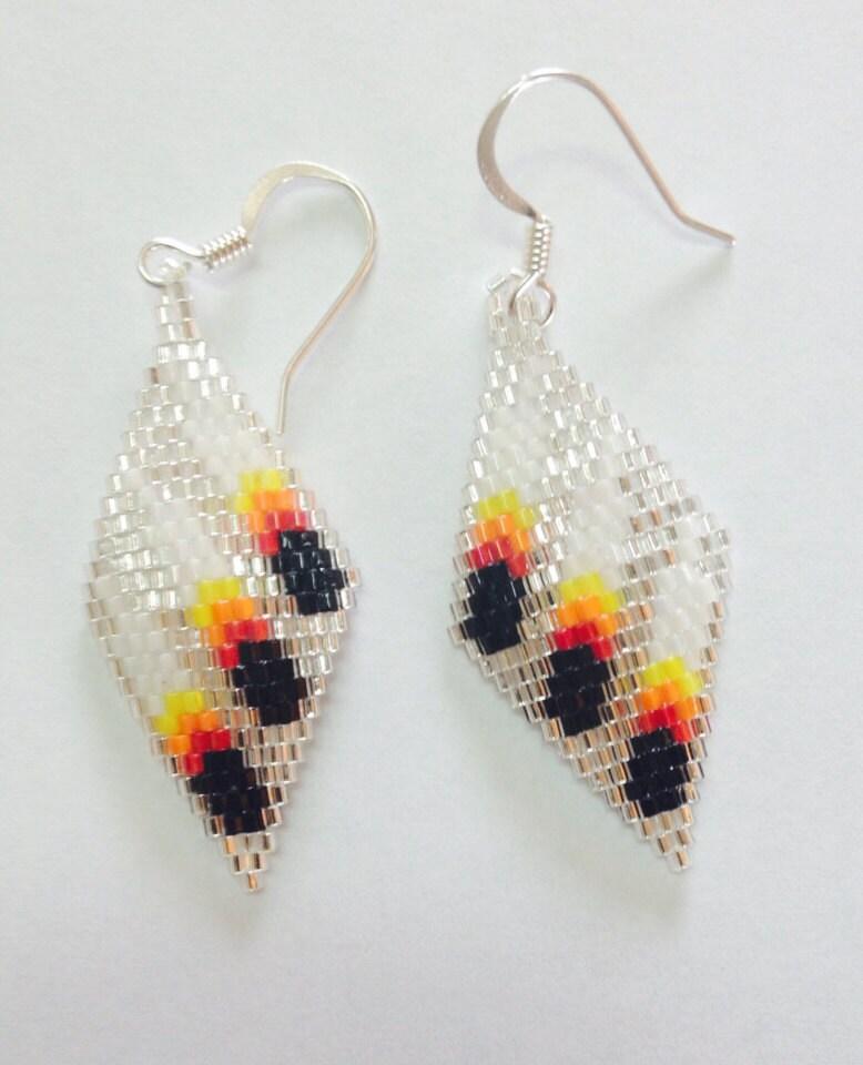 Three Feather Beaded Earrings. Gujarati Style Jewellery. Blush Jewellery. Gold Chain Jewellery. Jewllery Jewellery. Daughter Chiranjeevi Wedding Jewellery. Girl Png Jewellery. Peshwai Jewellery. Telangana Jewellery