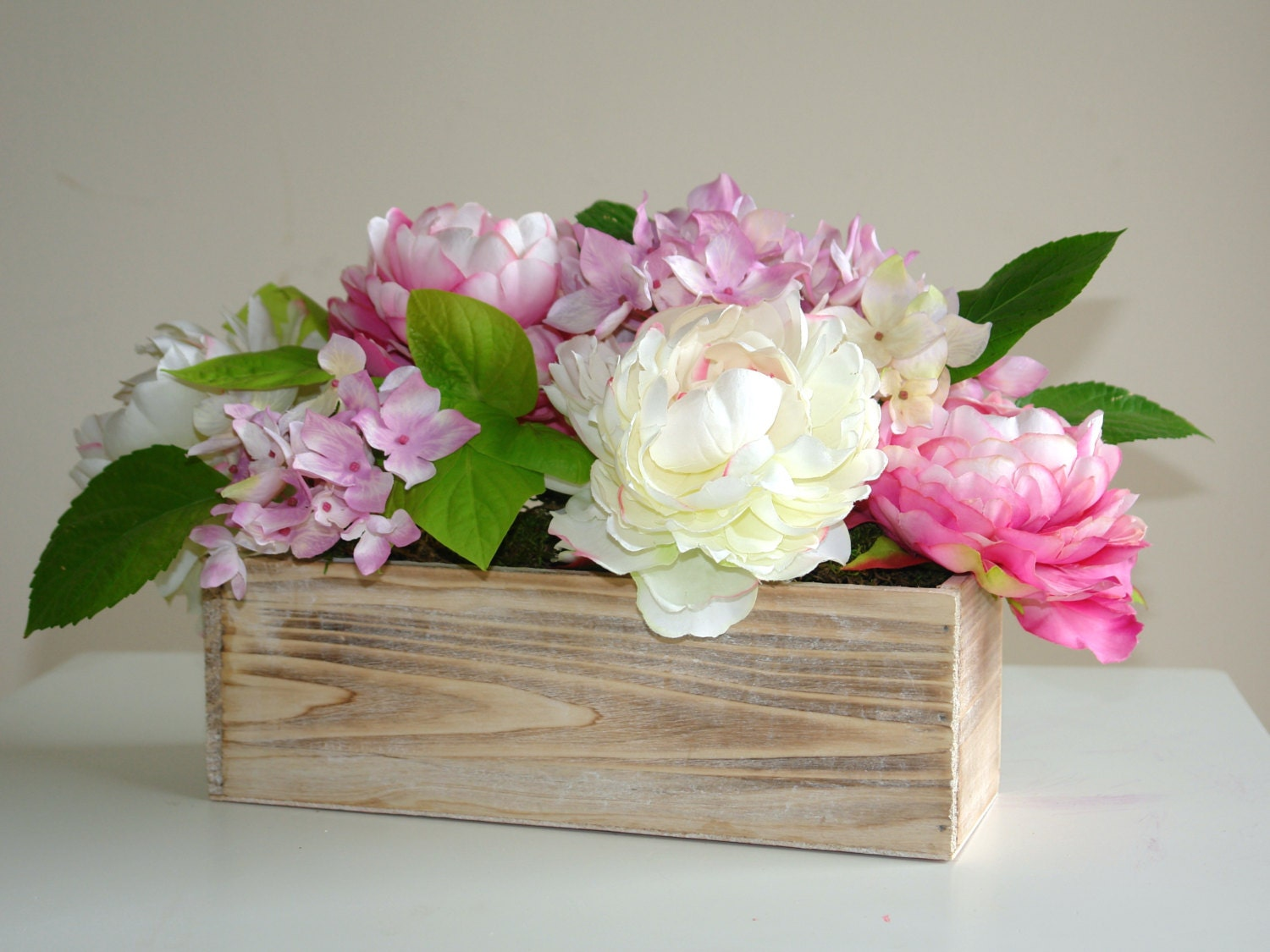 wood box rectangular boxes weddings table decor centerpieces