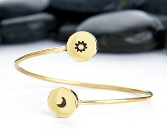 Moon, Sun, Jewelry, Bracelet, Sunshine, sunset, sunrise, crescent moon, moon charm, Moon phase, Moon Bracelet, cuff, JIB249LBR