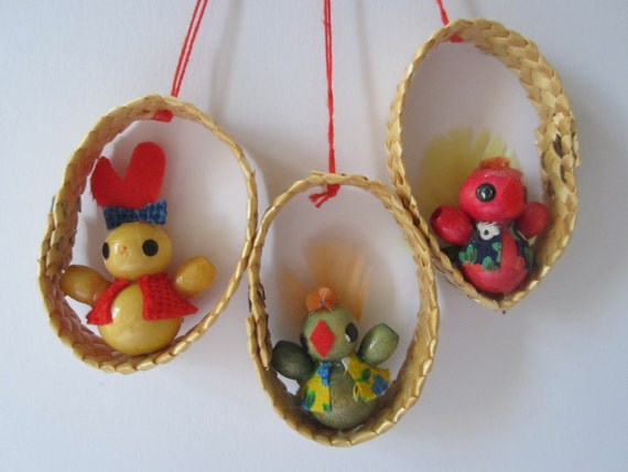 Collection of 3 vintage Easter ornaments bunny and birds made of wood and bast, German vintage