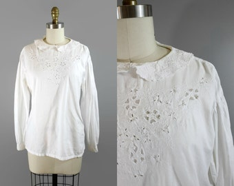 SALE 1980s Peter Pan Blouse / 80s Cotton Embroidered Top
