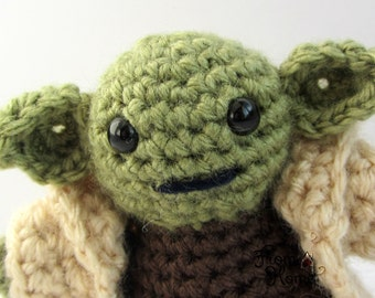 Crochet Yoda With Removable Cloak - Amigurumi, Doll, Plush, Figurine, Handmade
