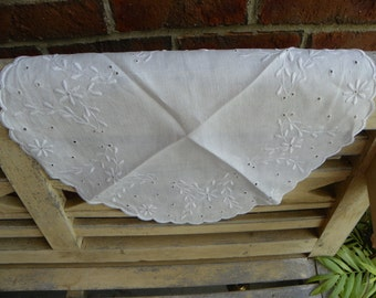 Vintage White Linen Round Embroidered Doily with Scalloped Edge