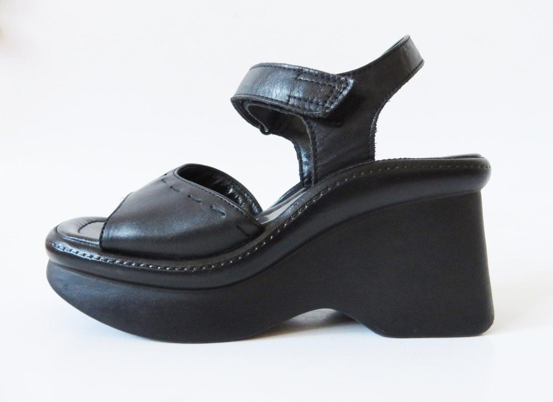 Vintage 90's Black Leather Platform Shoes by VintageDreamBox