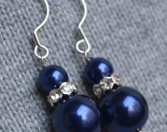 navy Pearl Earrings,rhinestone Earring,Dangle Pearl Earrings, Glass Pearl Earrings,Bridesmaid Earrings,Wedding Party,Wedding party gift
